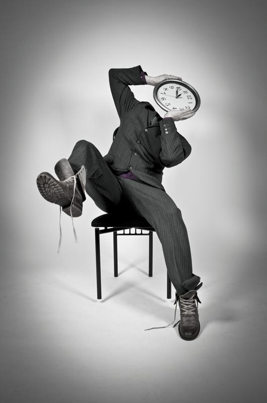 Human Clock Hates It - Galerie alainrousseau.com