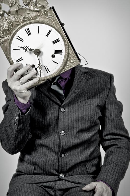 Human Clock is Classy - Galerie alainrousseau.com